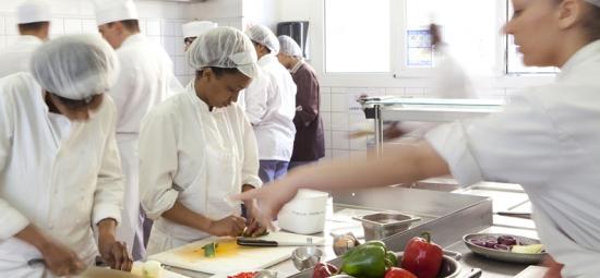 Hygiène : Réduire les risques d'intoxication alimentaire