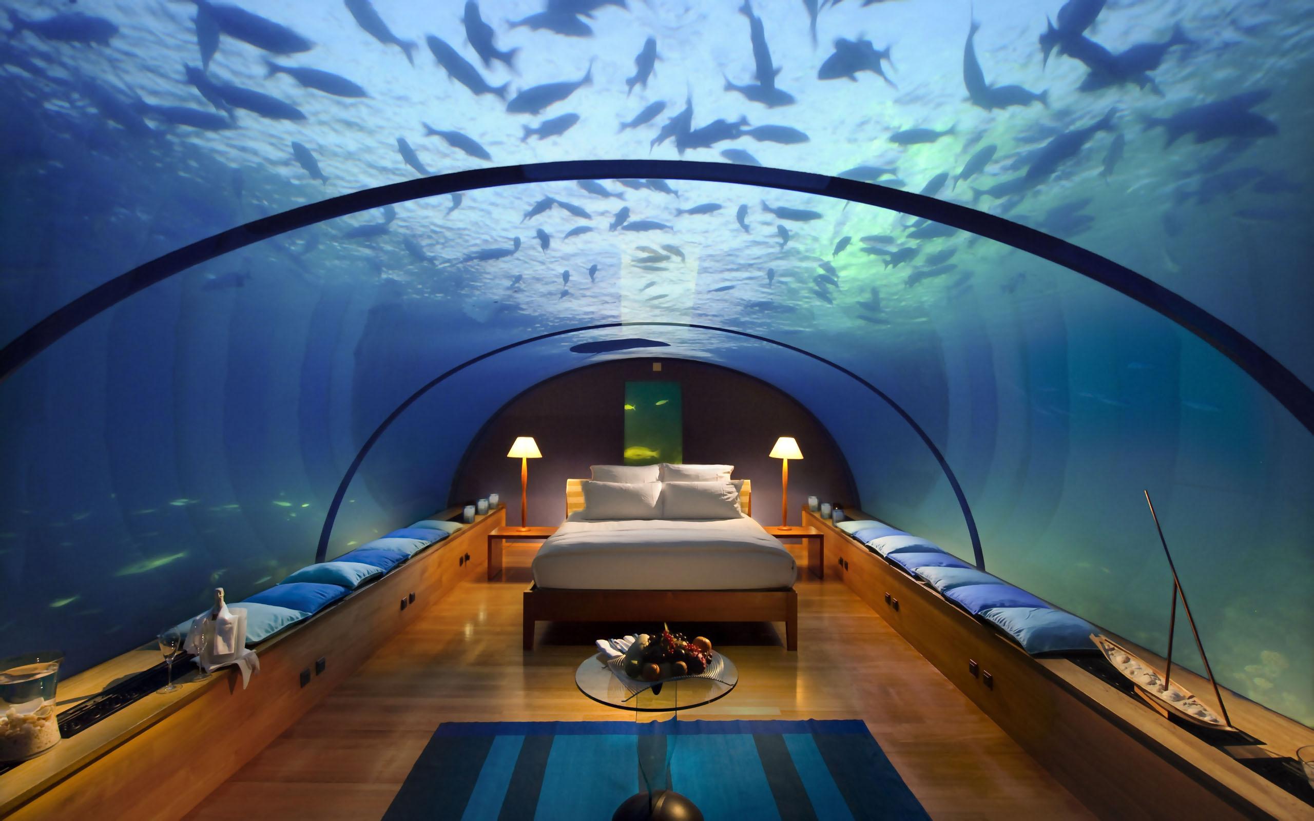 underwater-hotel-room-at-conrad-maldives-rangali-island-hotel