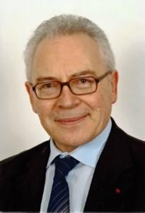 Jean-Luc Michaud, président de l'Institut national de formation et d'application : 'L'État s'est désintéressé de l'hôtellerie depuis trop longtemps : les soutiens à la modernisation du secteur mis en place il y a vingt-cinq ans ont été abandonnés avant d'avoir produit tous leurs effets.'