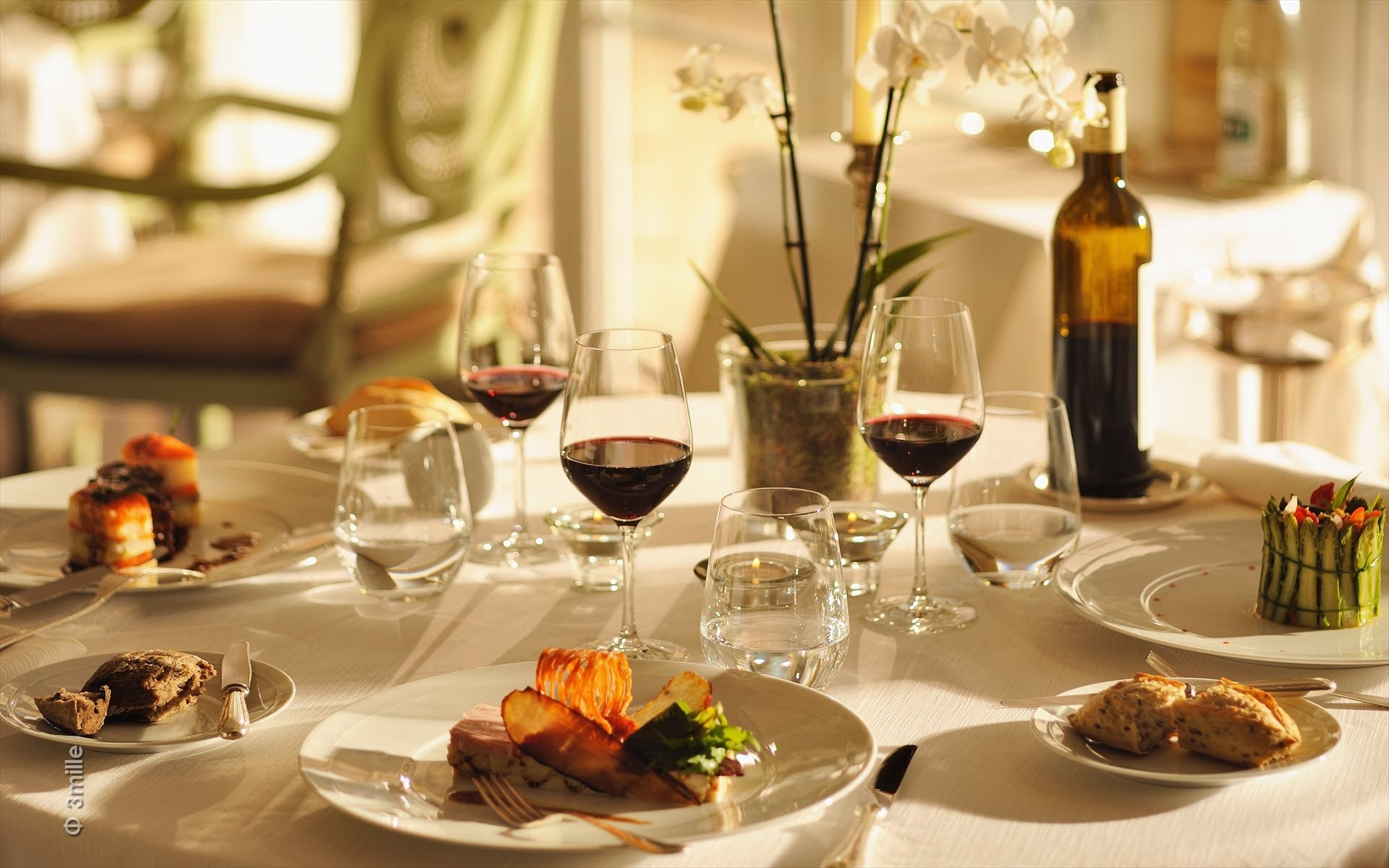Le service au restaurant   Madagascar Hôtel Consultant ...
