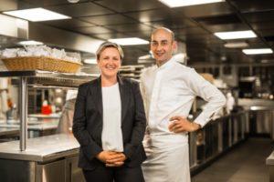 Kim Casier-Descours, directrice de salle, et Vincent Maillard, chef au Rivea at Byblos à Saint-Tropez