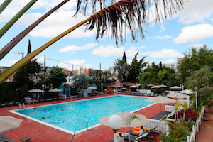 swimming-pool-200