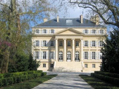 You are currently viewing Les vins de Bordeaux : tour d'horizon d'une région prestigieuse