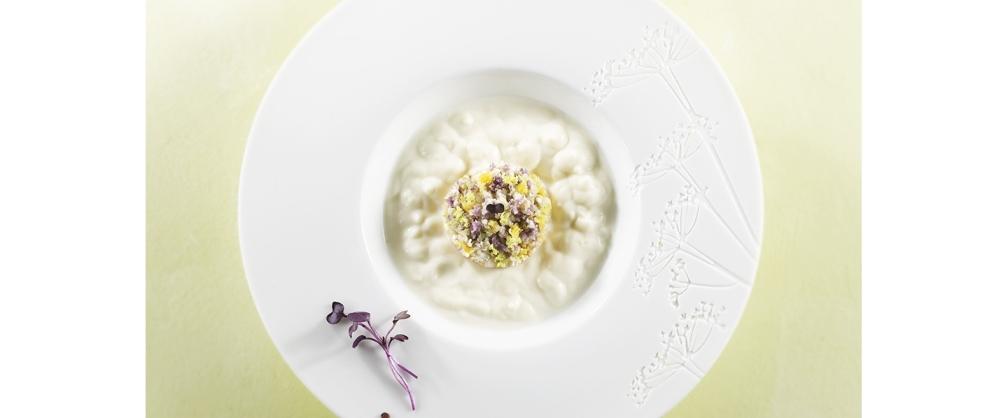 You are currently viewing Velouté de chou-fleur et ses condiments colorés