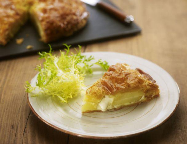 You are currently viewing Gâteau de pommes de terre à la crème d'ail