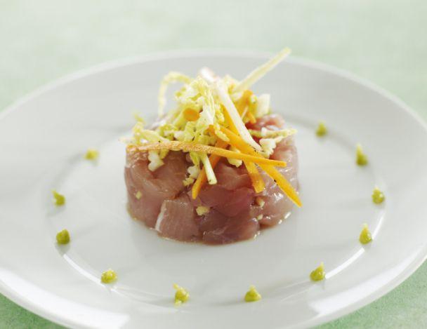 You are currently viewing Tartare de thon à la thaï, salade de légumes croquants au wasabi
