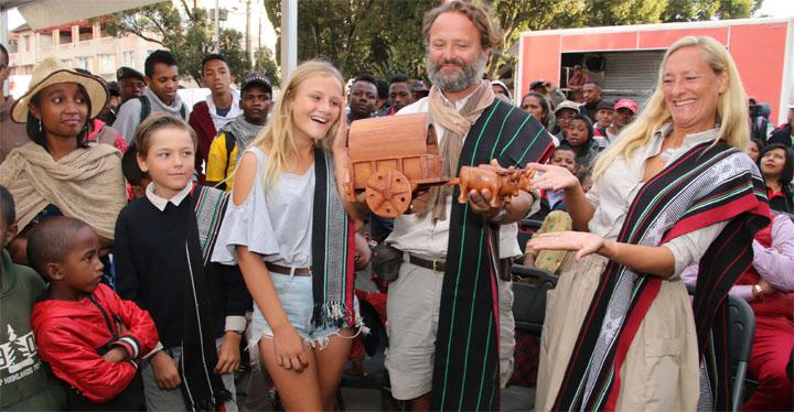 Mada Trek : Un tour de Madagascar en charrette bouclé en quatre ans