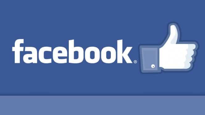 Facebook se lance dans la réservation de billets d'avion