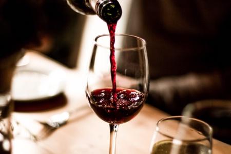 Vendre des vins au restaurant selon la politique du produit