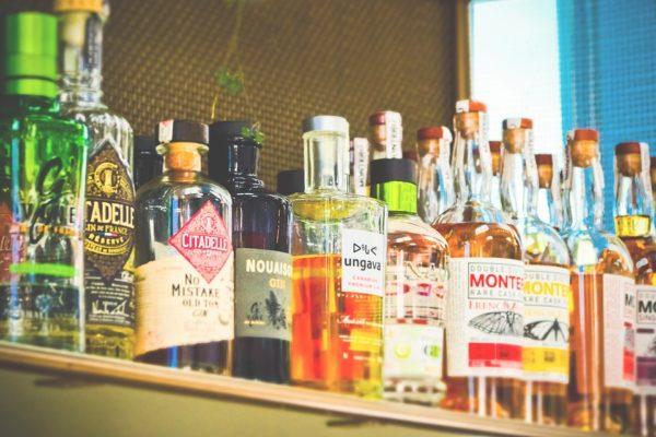 bottles-3623317_960_720