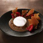 Crème de chocolat, Granité de café, Espuma de vanille Tahiti Par Yves Mattagne