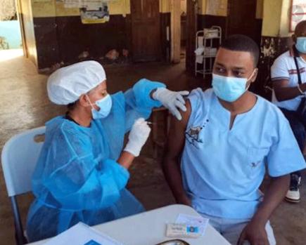 You are currently viewing Nosy-Be : Début de la campagne de vaccination pour les acteurs du tourisme